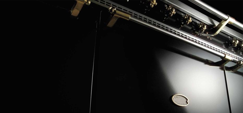 matte-black-lacanche-brass-trim